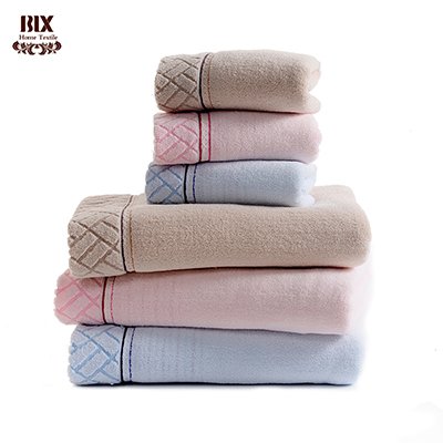 Pure solid Color Cotton Towels OEM ODM Yarn Dye Border